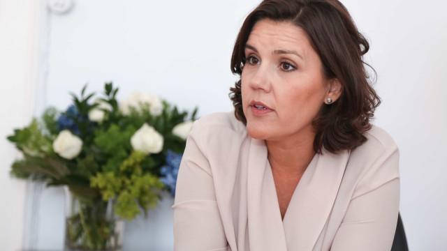 Cristas admite CDS a apoiar Governo do PSD a partir do Parlamento