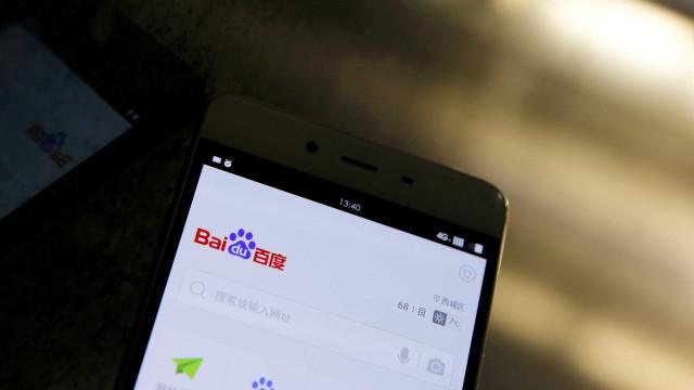 """Gigante chinês Baidu junta-se à polícia para combater """"notícias falsas"""""""