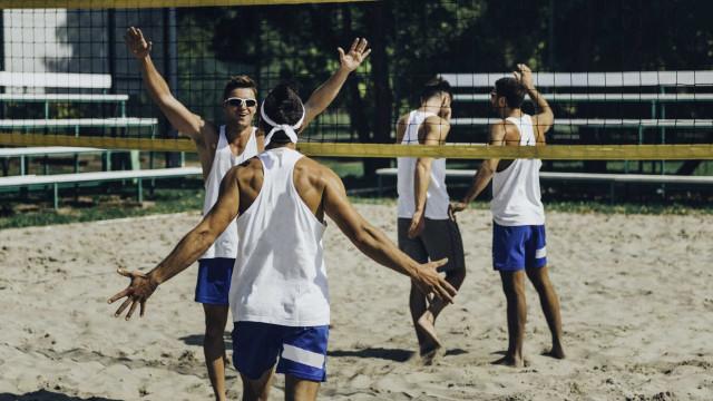 Grandes benefícios de praticar desportos coletivos