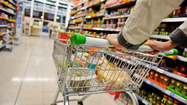 Consumismo. Estes factos devem preocupar-nos a todos