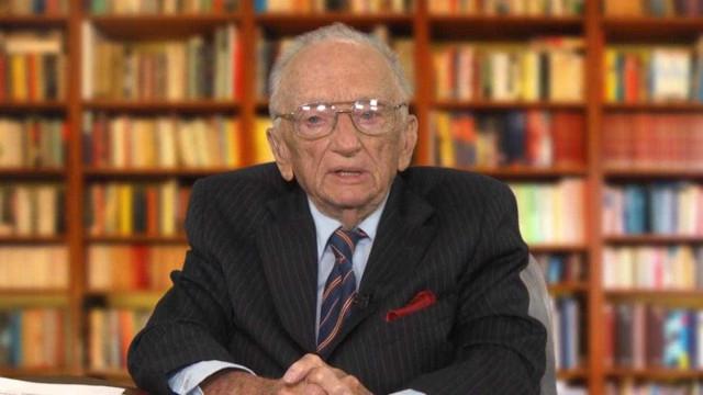 O último homem vivo que julgou genocidas nazis faz alerta preocupante