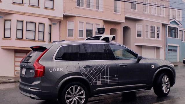Uber quer lançar bicicletas e trotinetes autónomas