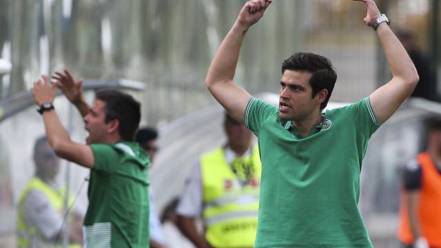 Tiago Fernandes voltou a orientar treino do Sporting