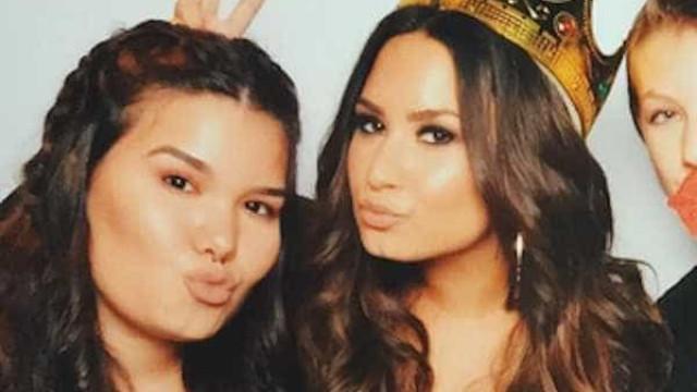 Demi Lovato está a lutar pela sua sobriedade, garante irmã