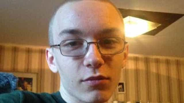 Jovem matou criança com 56 facadas. No mesmo dia matou também um amigo