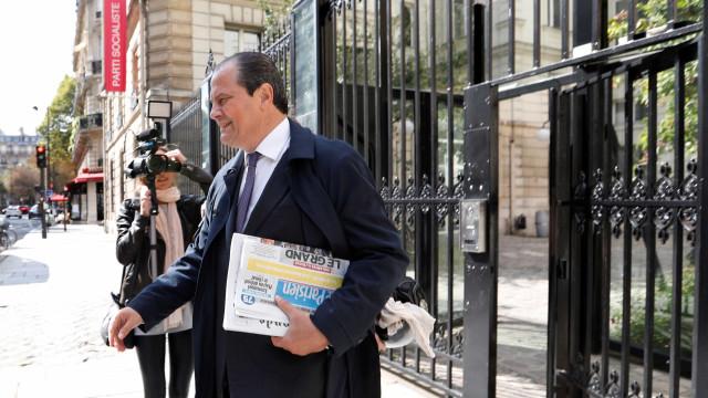 PS francês substitui líder demissionário por direção com 28 membros