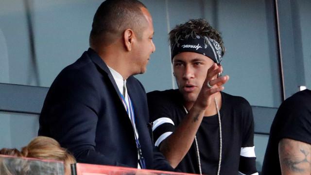 Pai de Neymar envolvido em polémica por causa de suposta festa no Mundial