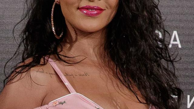 Rihanna ao lado do namorado em rara ocasião pública