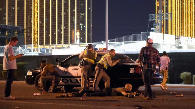 Polícia diz que abateu autor dos disparos num concerto em Las Vegas