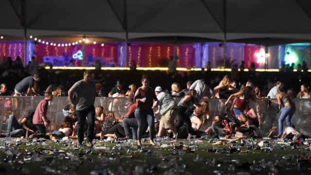 Eis as imagens do tiroteio em Las Vegas que provocou 20 mortos
