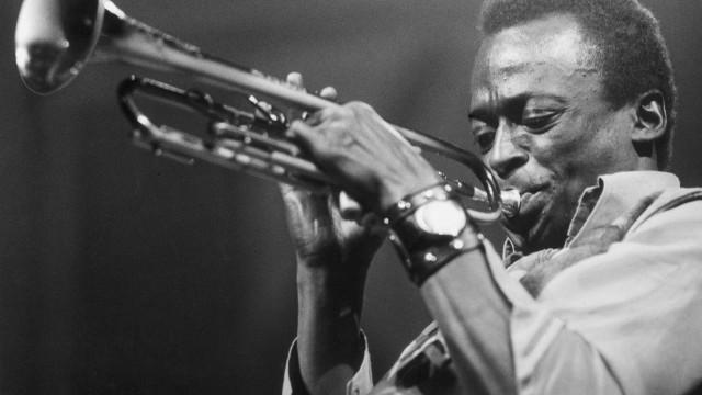 Músicas de Miles Davis e Deep Purple foram arquivadas em ADN