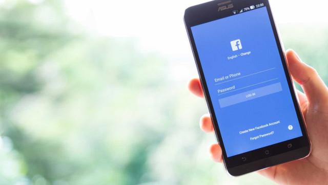 Facebook está a testar publicação de estados temporários