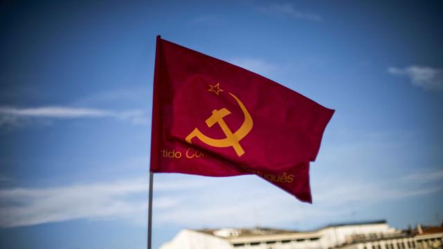 """PCP destaca """"derrota da política reacionária"""" do PP espanhol"""
