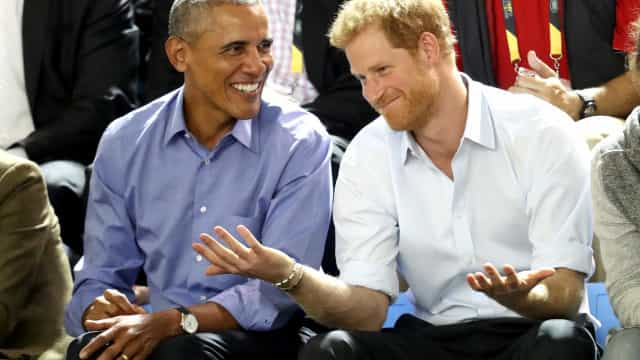 Vídeo: Príncipe Harry entrevistou Barack Obama e estava nervoso