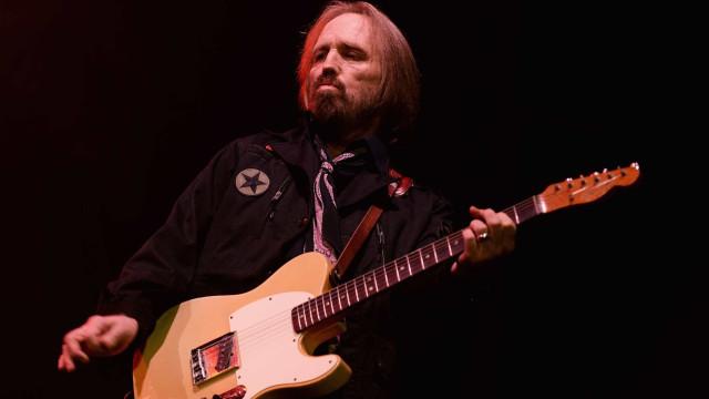 Artistas e celebridades prestam tributo ao músico Tom Petty