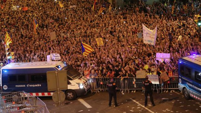 Sindicatos cancelam greve geral na Catalunha