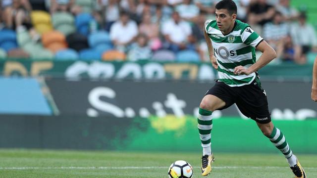 """Battaglia garante: """"Não estou a negociar a saída do Sporting"""""""