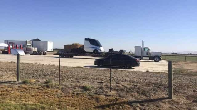 O camião da Tesla foi avistado pela primeira vez