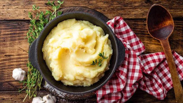 Quatro alimentos que deve evitar numa dieta cetogénica