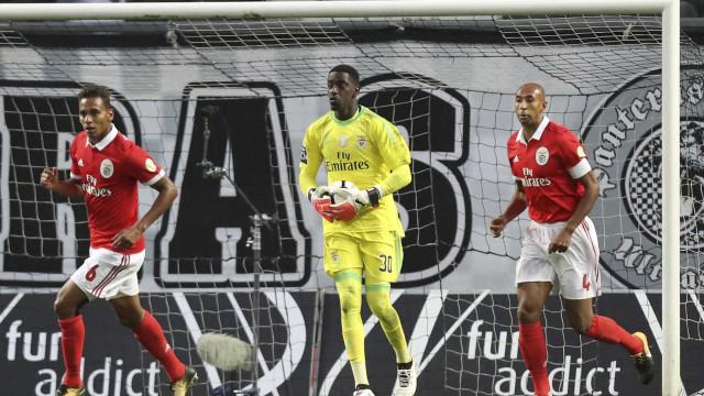 """""""Rui Vitória? Não podemos ser ingratos, mas o Benfica saiu beneficiado"""""""