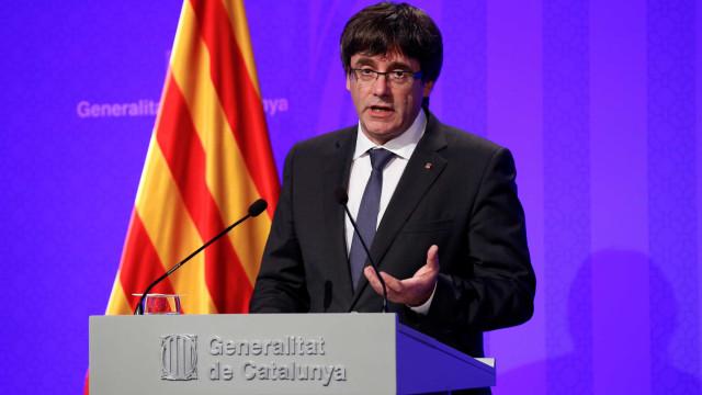 Puigdemont lamenta não poder ir ao PE e critica instituições europeias