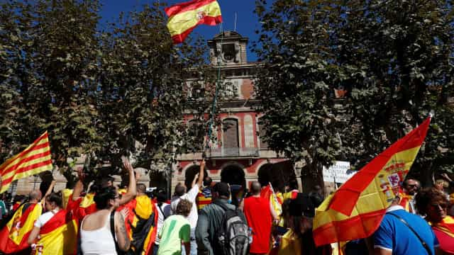Manifestação junta um milhão em Barcelona contra a independência
