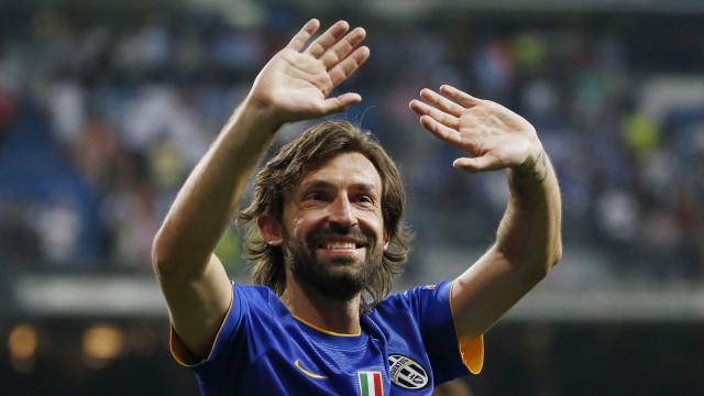 """Pirlo anuncia adeus ao futebol: """"Não é possível jogar até aos 50 anos"""""""