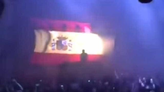 Foi assim que multidão reagiu a hino de Espanha em discoteca de Madrid