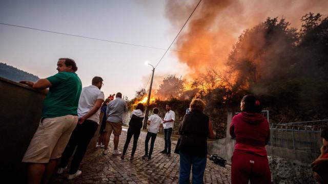 Incêndios: Pampilhosa da Serra continua a recolher bens, exceto roupa