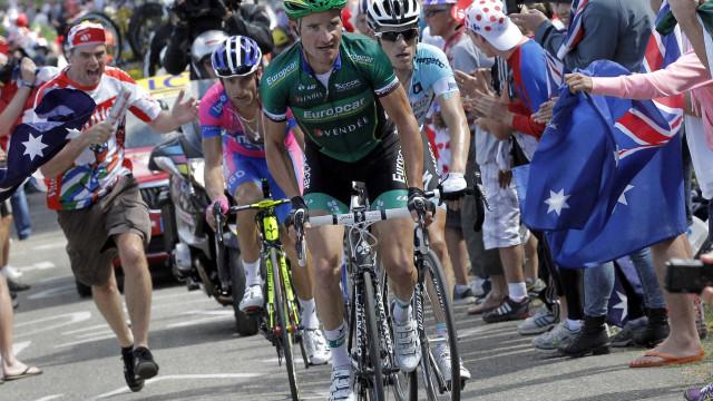 Condutor que matou o ciclista Scarponi estaria a ver vídeos no telemóvel