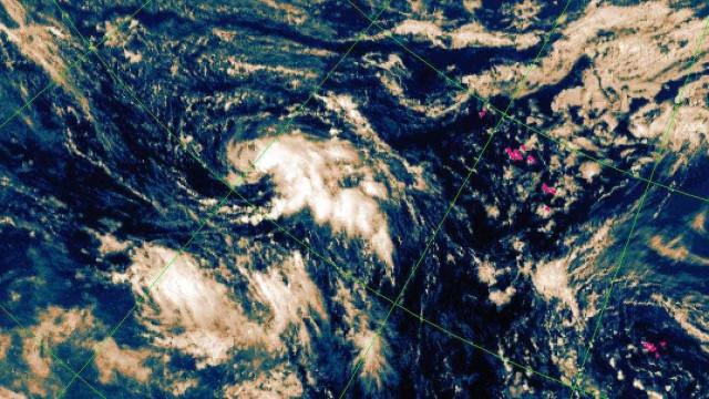 Tempestade tropical a 1.385 quilómetros dos Açores