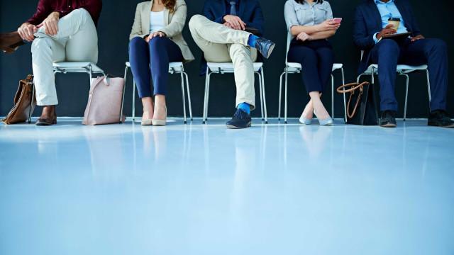 Vai a uma entrevista de emprego? Eis as perguntas mais comuns
