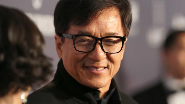 Filha de Jackie Chan assume homossexualidade