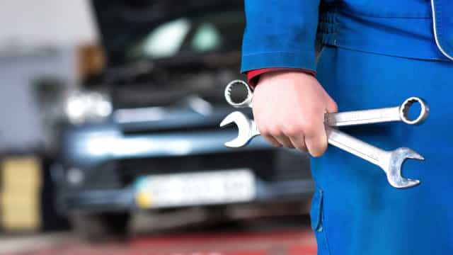 Mecânico detido por alterar números de identificação dos carros