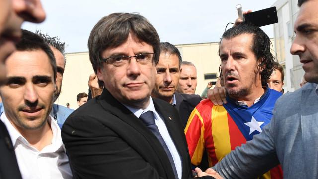 Polícia alemã confirma detenção de Puigdemont