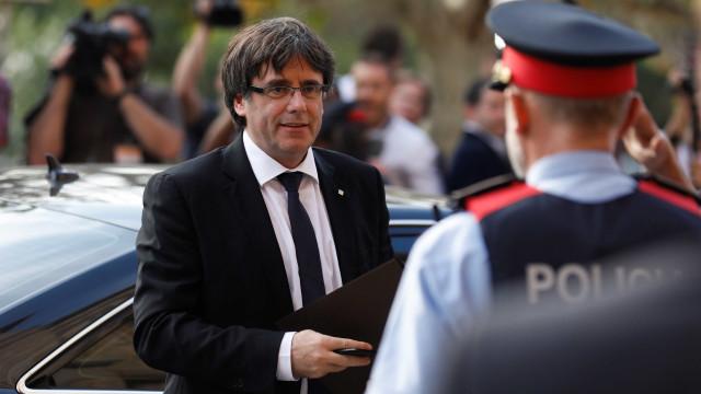 Tribunal chama Puigdemont para prestar declarações na quinta-feira