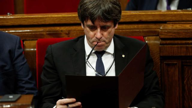 Secretário de Estado belga diz que Puigdemont pode pedir asilo à Bélgica