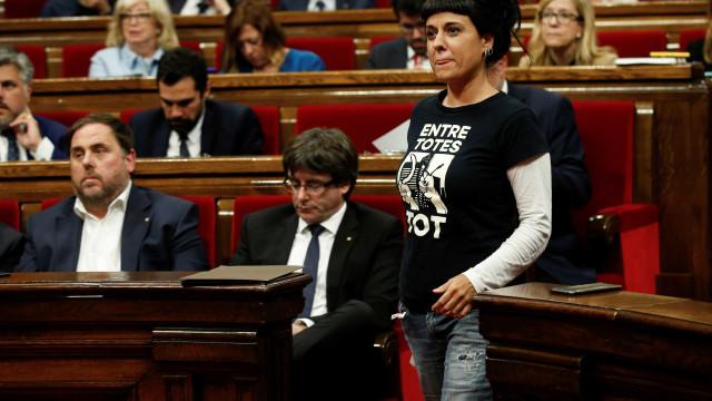 """CUP diz que Puigdemont perdeu """"oportunidade histórica"""""""
