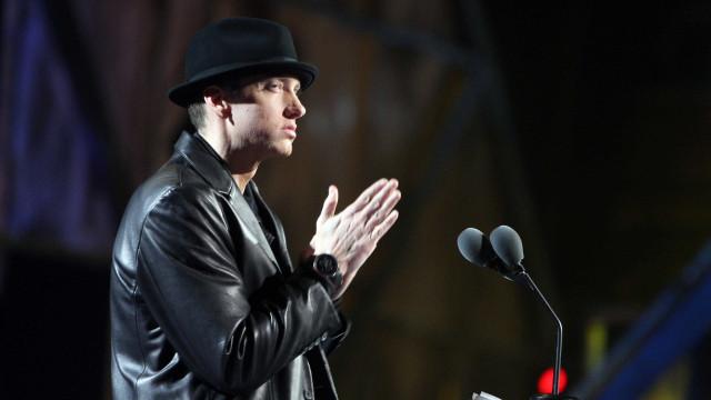 """Eminem faz duras críticas a Donald Trump: """"O avô racista"""""""