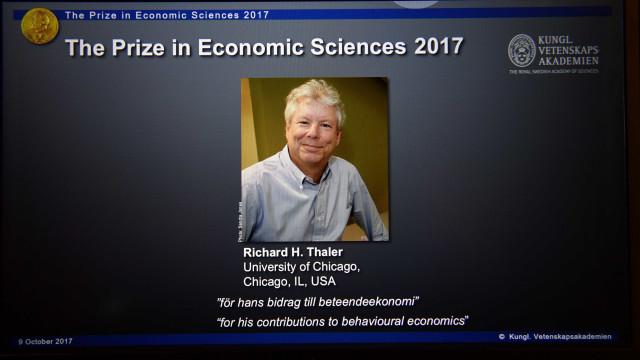 """""""Estamos a viver nível de risco mais elevado das nossas vidas"""", diz Nobel"""