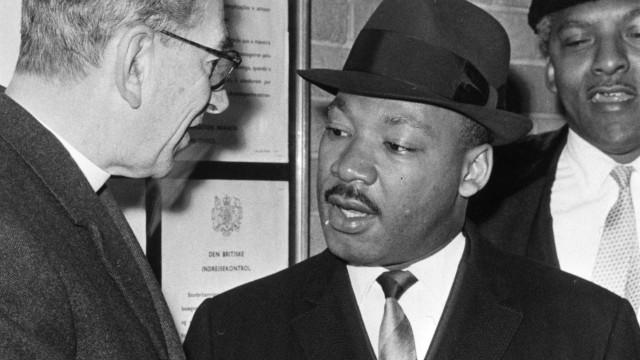 Maio de 68 e as mortes de Luther King e Kennedy em exposição