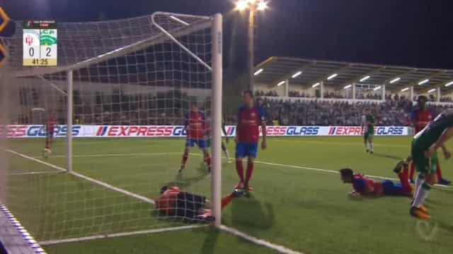 Mattheus foi às alturas marcar o primeiro golo de leão ao peito
