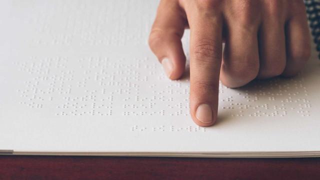 Conto de Toupeira cega e coelho sensibiliza para a deficiência visual