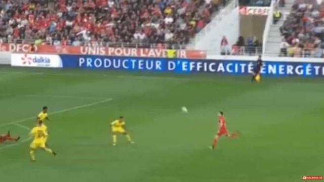 PSG quase escorregou por culpa de golo 'do outro mundo'