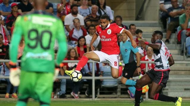 Messi e companhia não querem acreditar no regresso de Douglas