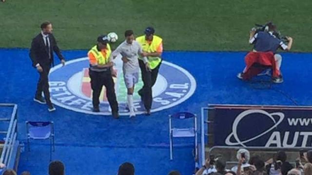 'Falso' Cristiano Ronaldo foi detido no Real Madrid-Getafe