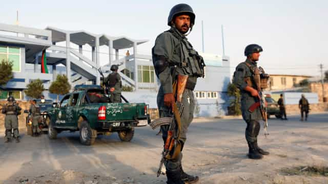 Ataque em curso a um hotel na capital do Afeganistão