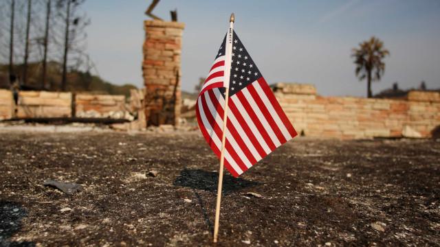 Incêndios: Califórnia regista 42 mortos e perdas acima de mil milhões