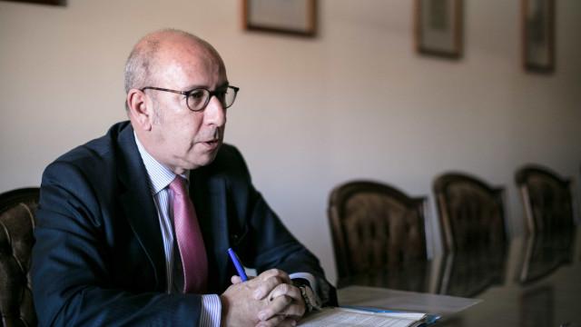 CDS defende recondução da PGR em reunião com a ministra da Justiça