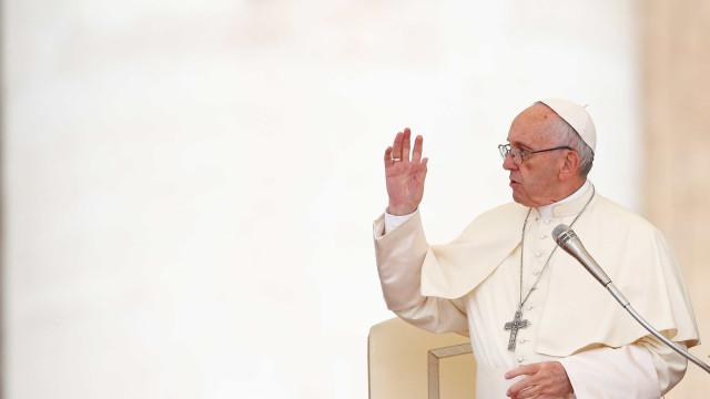 Papa envia mensagem de solidariedade às vítimas dos fogos